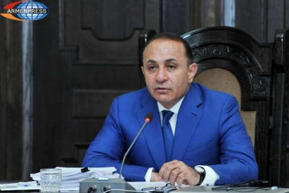 abrahamian-resigned